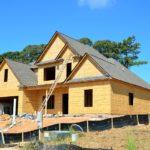 Stosownie z aktualnymi kodeksami świeżo wznoszone domy muszą być gospodarcze.